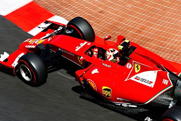 Raikkonen e la Ferrari F14T